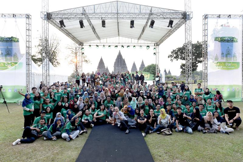 Bersama Mahasiswa, Program Candi Darling Hijaukan Kawasan Candi Prambanan dengan Ratusan Pohon dan Ribuan Semak Berbunga